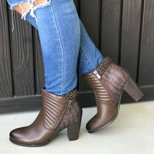 Dark Chocolate Brown Flannel Knit Ankle Booties